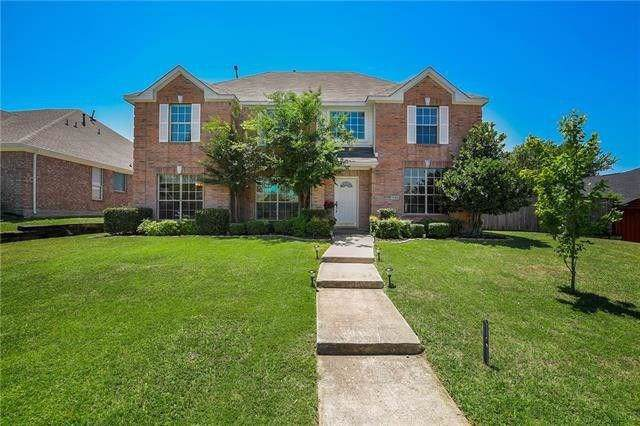 1230 Donegal Lane, Garland, TX 75044 (MLS #14202929) :: RE/MAX Town & Country