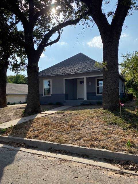 805 Hanover Street, Weatherford, TX 76086 (MLS #14203326) :: RE/MAX Town & Country