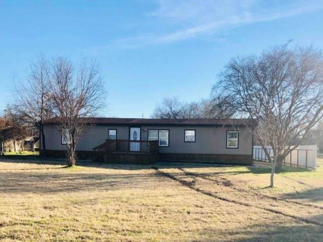 2317 Suzanne Lane, Joshua, TX 76058 (MLS #14204569) :: RE/MAX Town & Country