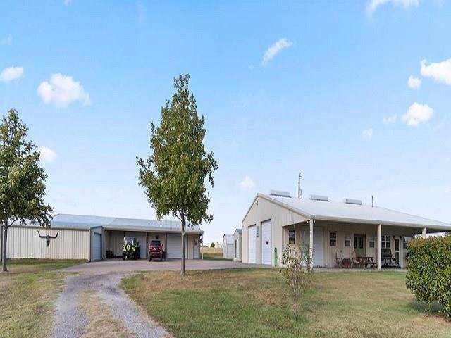 1444 Vz County Road 2511, Canton, TX 75103 (MLS #14204716) :: RE/MAX Town & Country