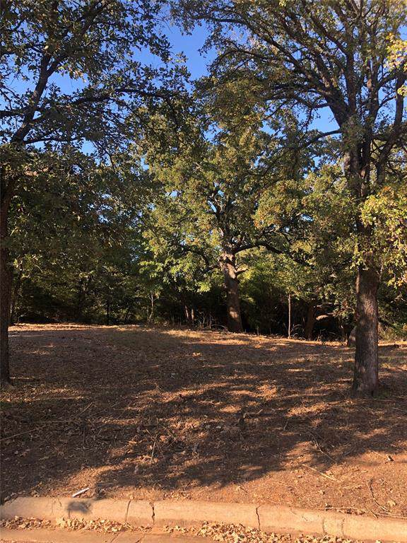 1429 Angelina Bend Drive, Denton, TX 76205 (MLS #14204988) :: Lynn Wilson with Keller Williams DFW/Southlake