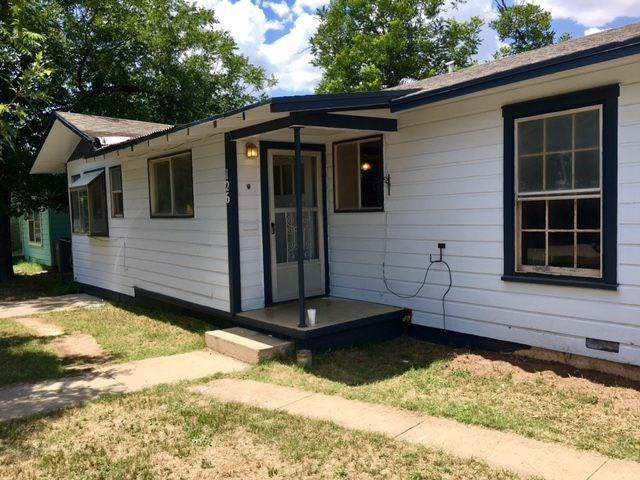 126 Clayton Street, San Angelo, TX 76905 (MLS #14206508) :: Lynn Wilson with Keller Williams DFW/Southlake