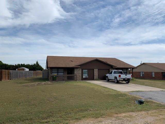 516 Highpoint Drive, Godley, TX 76044 (MLS #14210490) :: RE/MAX Town & Country