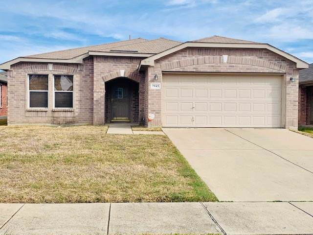 7945 Hidden Brook Drive, Fort Worth, TX 76120 (MLS #14210584) :: The Chad Smith Team