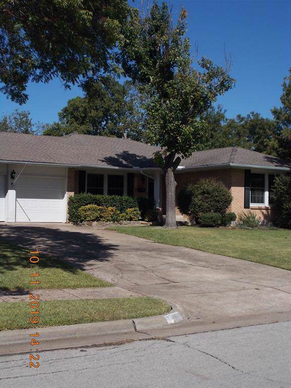 1213 Mcdonald Drive, Garland, TX 75041 (MLS #14211638) :: Van Poole Properties Group