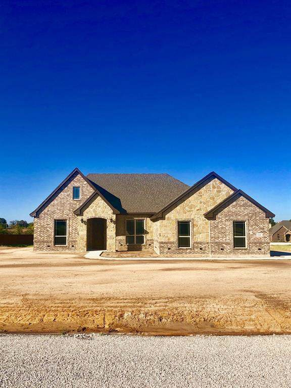 228 Etta Road, Springtown, TX 76082 (MLS #14212718) :: SubZero Realty