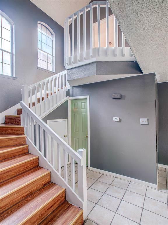 203 Alpine Drive, Desoto, TX 75115 (MLS #14213156) :: Robbins Real Estate Group