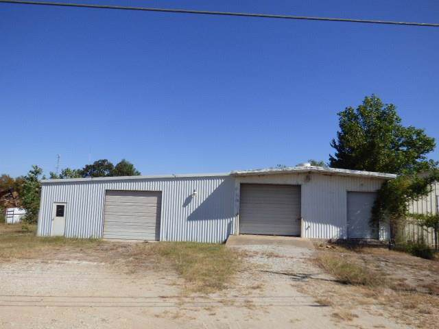 3265 S State Highway 101, Bridgeport, TX 76426 (MLS #14213921) :: Trinity Premier Properties
