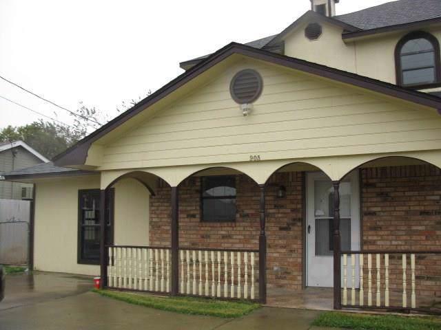 905 Melody Circle, Kaufman, TX 75142 (MLS #14215288) :: Robbins Real Estate Group