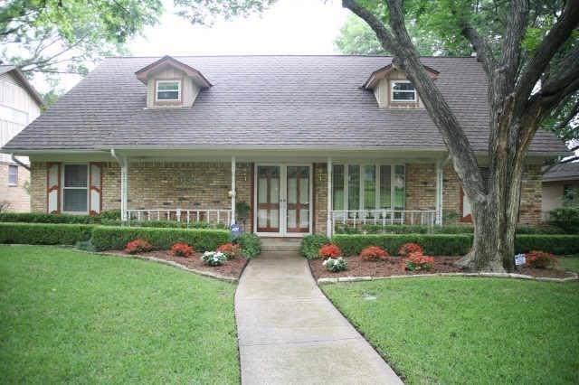 9217 Clearhurst Drive, Dallas, TX 75238 (MLS #14218109) :: The Hornburg Real Estate Group
