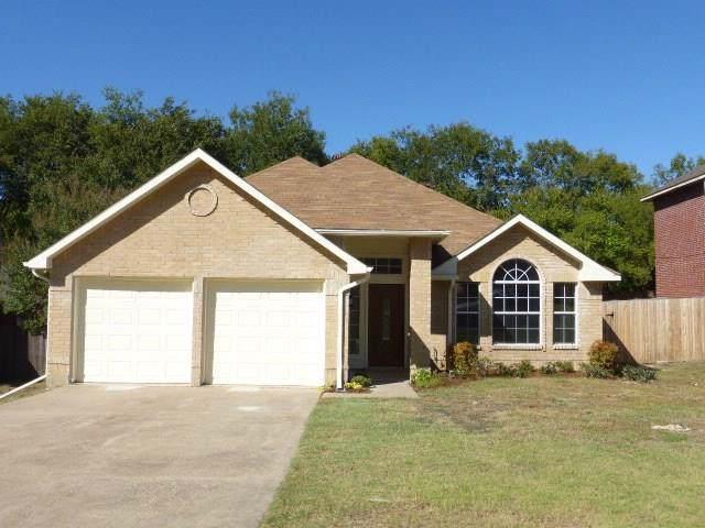 804 Clover Hill Lane, Cedar Hill, TX 75104 (MLS #14219275) :: Robbins Real Estate Group