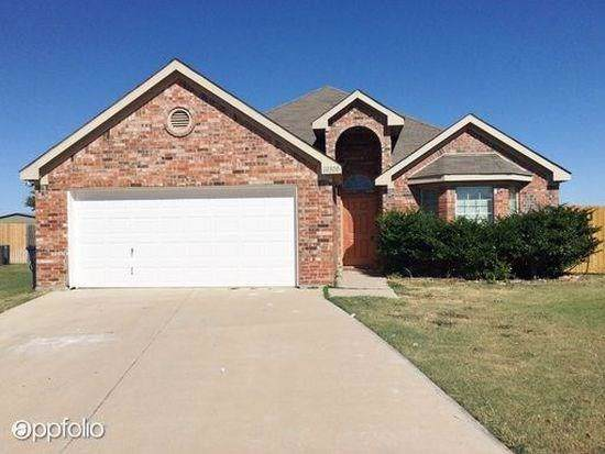 10300 Buffalo Springs Court, Fort Worth, TX 76140 (MLS #14220088) :: RE/MAX Town & Country