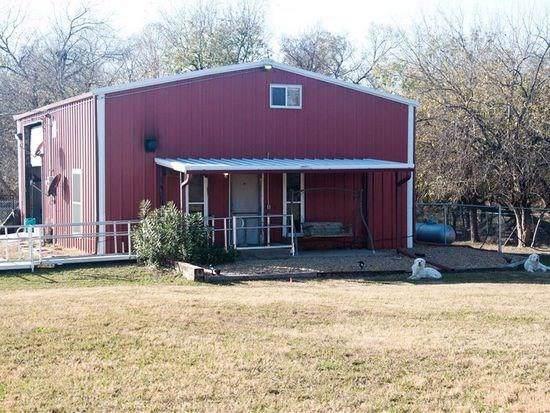 5930 County Road 4502, Wolfe City, TX 75496 (MLS #14220118) :: Lynn Wilson with Keller Williams DFW/Southlake