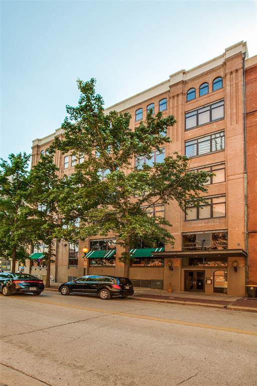 509 Elm Street #401, Dallas, TX 75202 (MLS #14220810) :: The Good Home Team