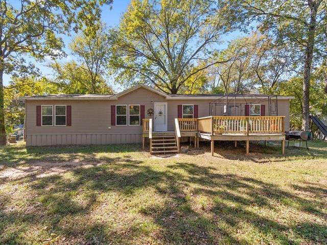 183 Bay Drive, Mabank, TX 75156 (MLS #14221208) :: The Chad Smith Team
