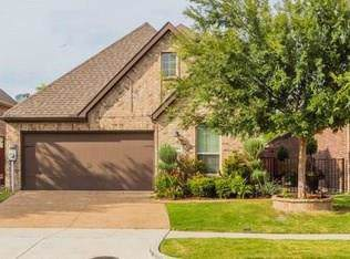 9504 National Pines Drive, Mckinney, TX 75072 (MLS #14221846) :: RE/MAX Town & Country