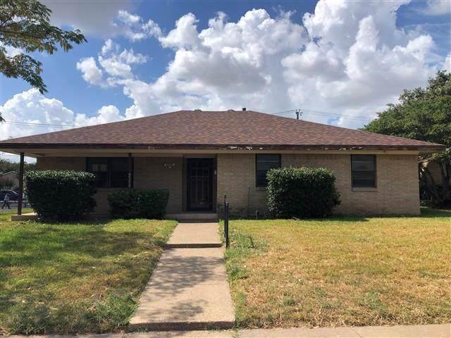 4213 Augusta Drive, Garland, TX 75041 (MLS #14221868) :: Frankie Arthur Real Estate