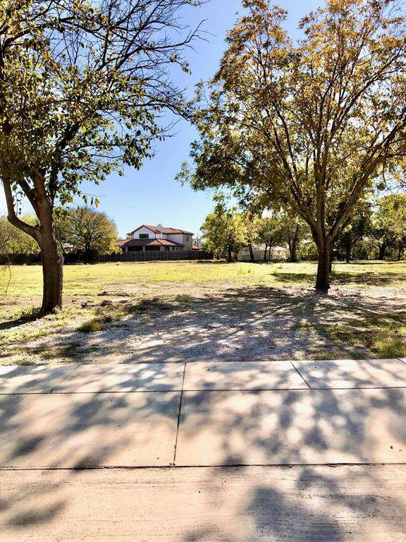 500 Reed Street, Roanoke, TX 76262 (MLS #14223012) :: RE/MAX Town & Country