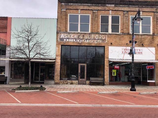 107 Gilmer, Sulphur Springs, TX 75482 (MLS #14223235) :: The Kimberly Davis Group