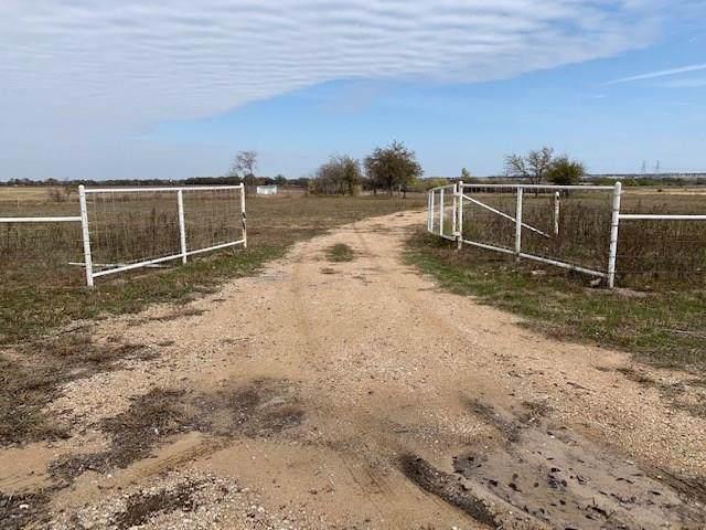 13340 Stice Road, Krum, TX 76249 (MLS #14223905) :: The Mauelshagen Group