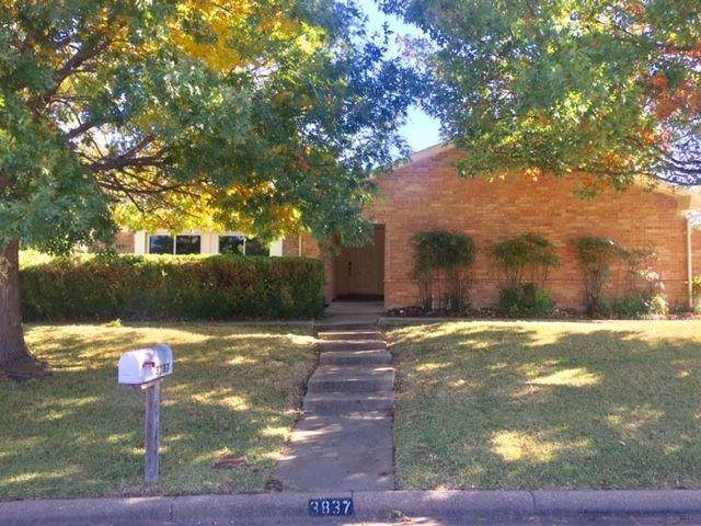3837 Misty Meadow Drive, Fort Worth, TX 76133 (MLS #14225091) :: HergGroup Dallas-Fort Worth