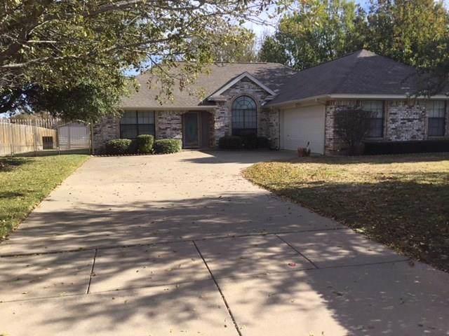 404 Honeysuckle Drive, Cleburne, TX 76033 (MLS #14225107) :: HergGroup Dallas-Fort Worth