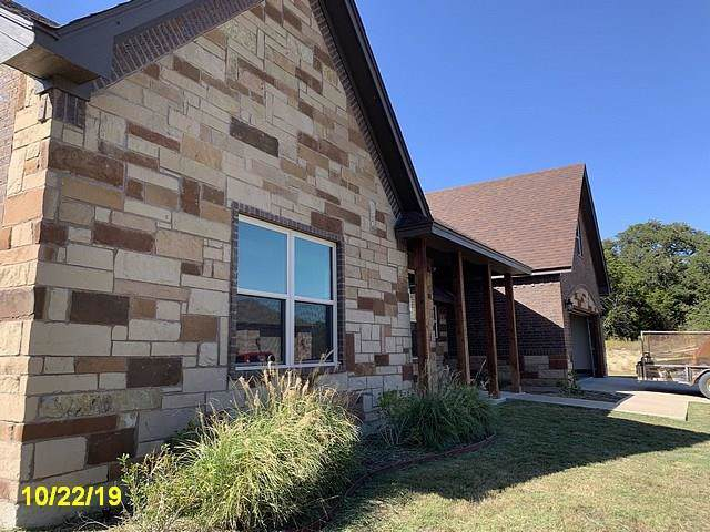 6304 Kelly Drive, Granbury, TX 76048 (MLS #14225821) :: RE/MAX Town & Country