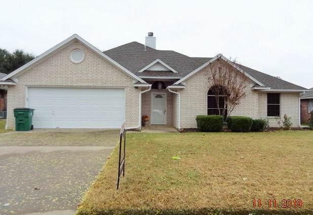 210 D Lynne Street, Aubrey, TX 76227 (MLS #14226024) :: RE/MAX Pinnacle Group REALTORS
