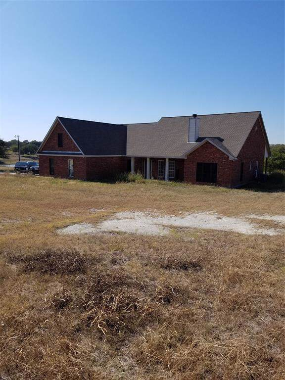 679 Kentucky Town Road, Whitewright, TX 75491 (MLS #14226404) :: Frankie Arthur Real Estate