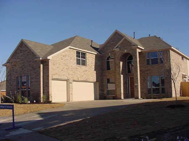 5436 Goliad Trail, Grand Prairie, TX 75052 (MLS #14227729) :: RE/MAX Town & Country