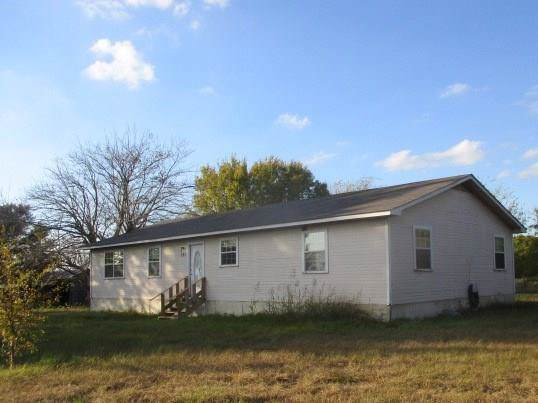 221 Rs County Road 4330, Point, TX 75472 (MLS #14227817) :: RE/MAX Town & Country