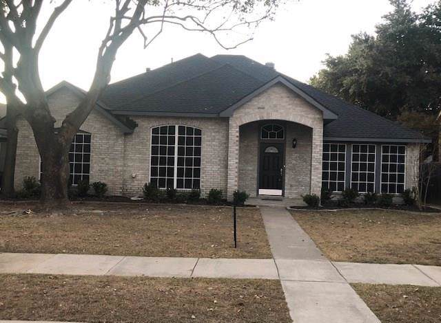 7021 Sample Drive, The Colony, TX 75056 (MLS #14229084) :: RE/MAX Town & Country