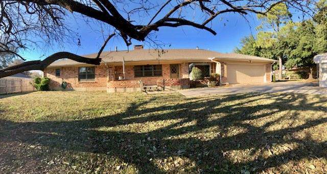 2631 Rivercrest Drive, Sherman, TX 75092 (MLS #14229641) :: RE/MAX Pinnacle Group REALTORS