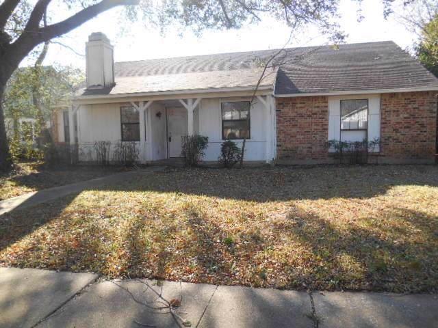 1310 Crestview Drive, Allen, TX 75002 (MLS #14230054) :: The Kimberly Davis Group