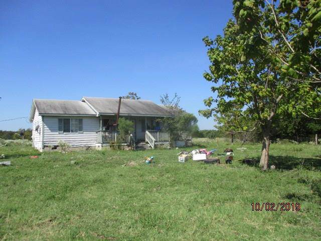 4390 County Road 4624, Lake Creek, TX 75450 (MLS #14230061) :: Team Hodnett