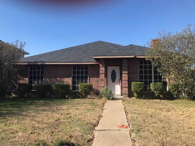 505 Boxwood Drive, Lancaster, TX 75146 (MLS #14230112) :: RE/MAX Town & Country