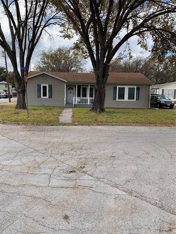601 Crosby Avenue, White Settlement, TX 76108 (MLS #14230408) :: Team Tiller