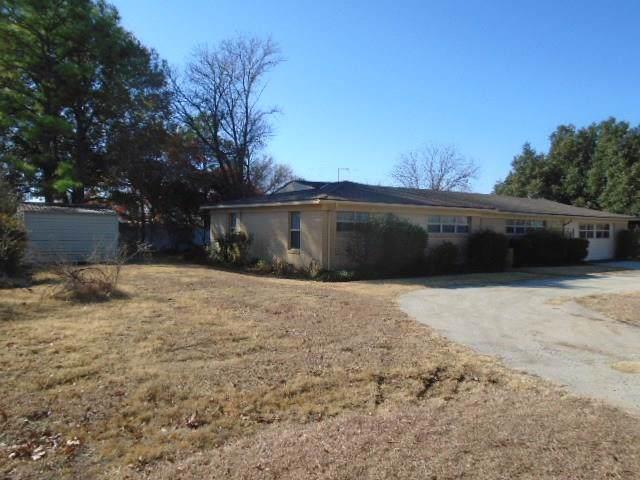 125 W Cypress Street, Cross Plains, TX 76443 (MLS #14232855) :: The Tonya Harbin Team