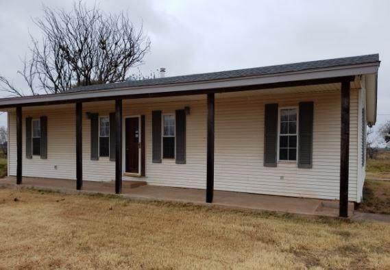 409 Main Road, Holliday, TX 76366 (MLS #14232883) :: The Kimberly Davis Group