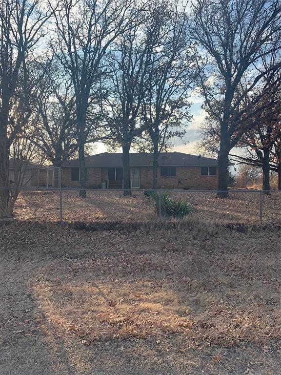 219 Cartwright Hill Lane, Gainesville, TX 76240 (MLS #14233012) :: Potts Realty Group