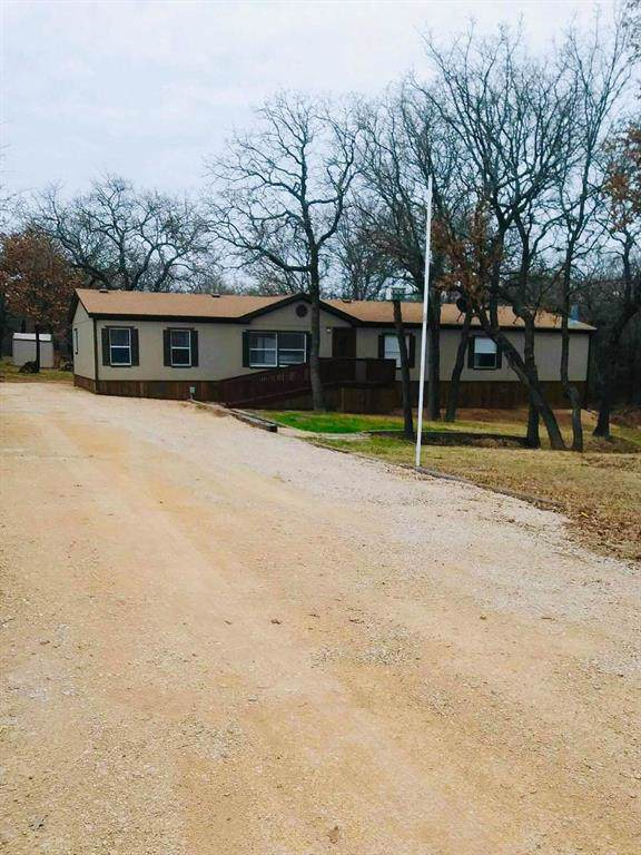 453 Private Road 2698, Alvord, TX 76225 (MLS #14233196) :: NewHomePrograms.com LLC