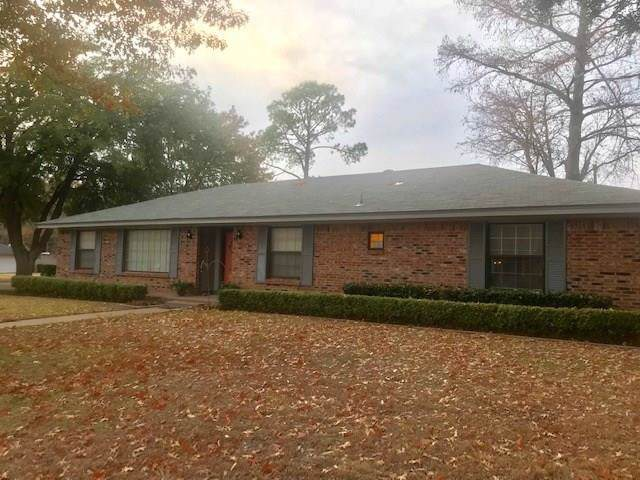1212 Glenhaven Drive, Cleburne, TX 76033 (MLS #14234475) :: RE/MAX Town & Country