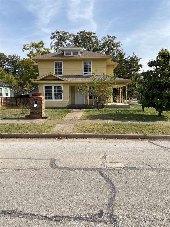 702 N Edgefield Avenue, Dallas, TX 75208 (MLS #14235285) :: RE/MAX Town & Country