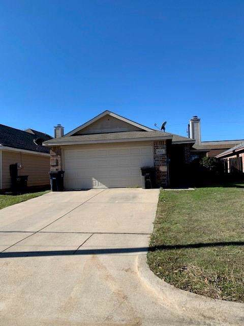 9212 Coral Lane, Fort Worth, TX 76140 (MLS #14236605) :: RE/MAX Town & Country