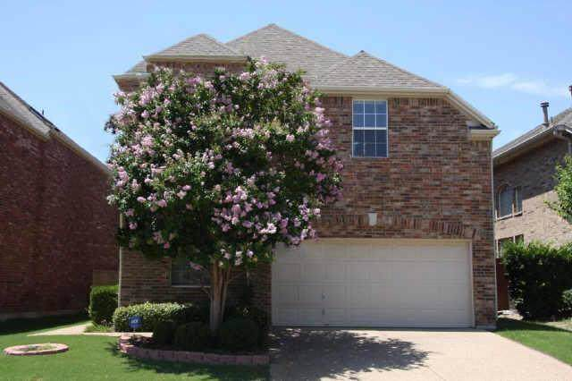 536 Silver Maple Drive, Irving, TX 75063 (MLS #14236715) :: Caine Premier Properties