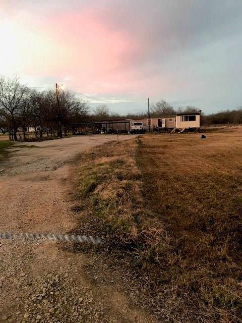 5020 Wagon Wheel Road, Joshua, TX 76058 (MLS #14237113) :: Team Tiller