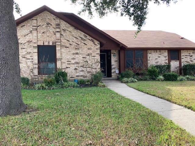 2212 Stonebrook Drive, Carrollton, TX 75007 (MLS #14237619) :: Acker Properties