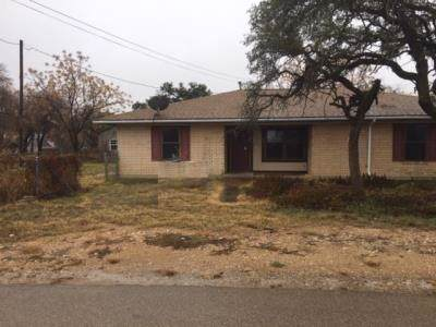 1130 E Coke Street, Hamilton, TX 76531 (MLS #14237635) :: RE/MAX Pinnacle Group REALTORS