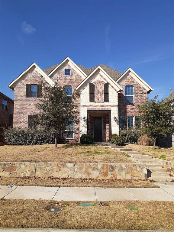 4855 Whispering Lake Drive, Frisco, TX 75036 (MLS #14238636) :: Tenesha Lusk Realty Group