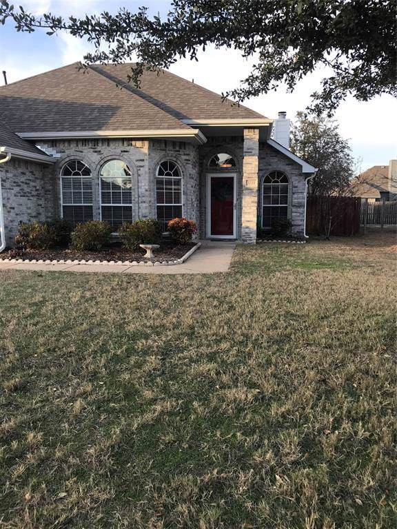3221 Blue Jay Lane, Midlothian, TX 76065 (MLS #14238954) :: Real Estate By Design